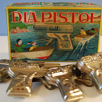 Vintage Tin Water Pistols Made in Japan - Toys