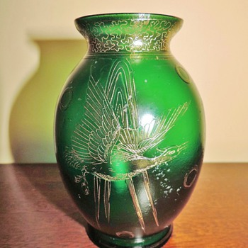 "Carl Goldberg Bird In Flight Green Satin Etched Vase 5"" - Art Glass"
