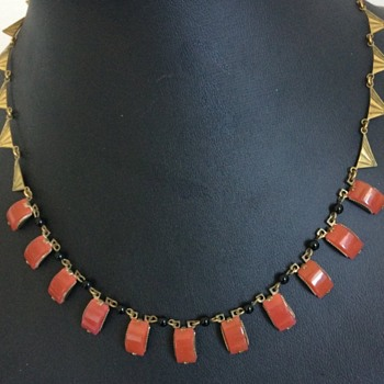 Art deco necklace with interesting shapes - Costume Jewelry