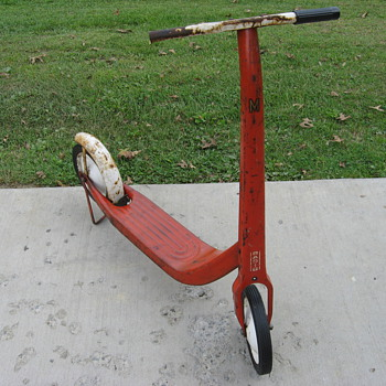 Radio Flyer kick push scooter - Sporting Goods