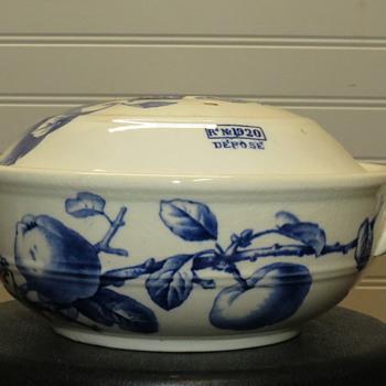 Antique bwmc hereford 1920 depose sponge dish?   - Pottery