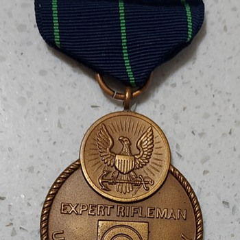 US NAVY EXPERT RIFLEMAN medal - Military and Wartime