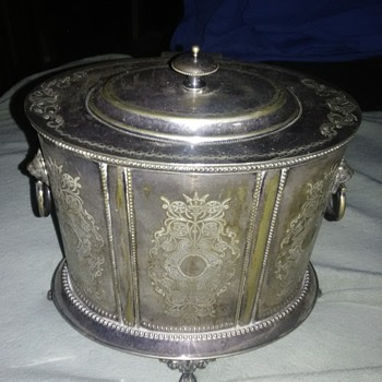 Biscuit or Tea Caddy? - Silver