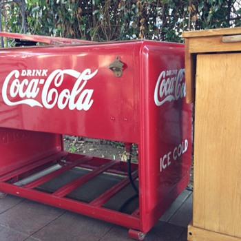 Coca Cola Ice Box - Coca-Cola