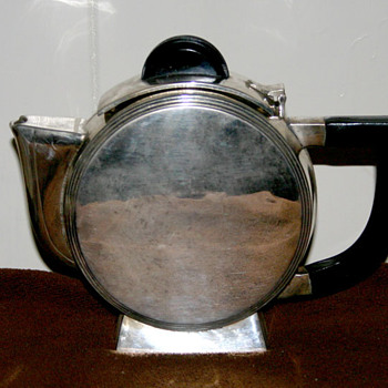 Art Deco Silver plate Teapot - Kitchen
