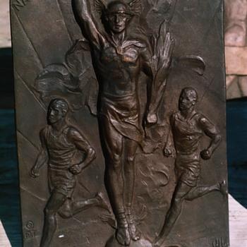 1932 National Pre Olympic Marathon Plaque - Sporting Goods
