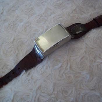 Very Rare Solid Silver Wrist Vesta 1903 Birmingham
