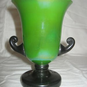 "Tango ""trophy shapes"" (painted applications) - Art Glass"