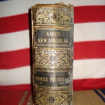 KINGS NEW AMERICA FAMILY PHYSICIAN BOOK - Books
