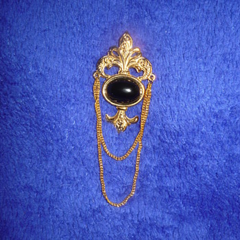 Bergere Brooch - Fine Jewelry