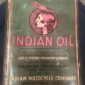Vintage Indian motor oil can - Petroliana