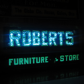 Early Robert's furniture store neon counter sign - Advertising