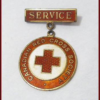 Canadian Red Cross Society ---> Service Pin  - Military and Wartime