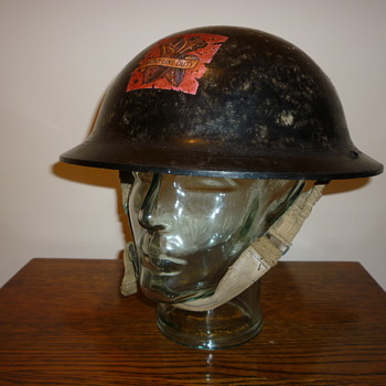 British Royal Ordnance Factories (ROFs) Plasfort helmet WWII - Military and Wartime
