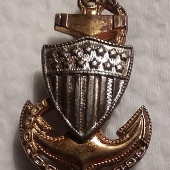 WW2 Coast Guard CPO collar rank - Military and Wartime