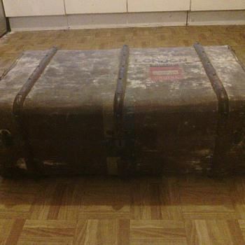 Steamer trunk, Cunard, early 1900s - Furniture