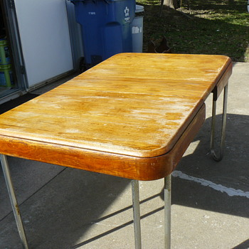 Dining table, oak top with chrome legs - Furniture
