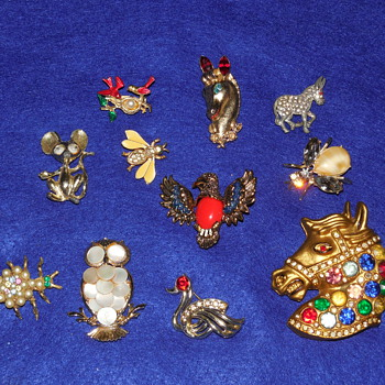 Vintage Animal Brooch and Pin Lot.  - Costume Jewelry