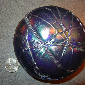 Threaded glass paperweight - Art Glass