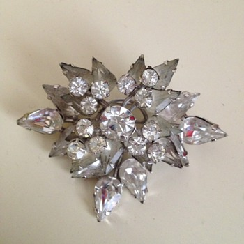 1950's Spray Brooch - Costume Jewelry