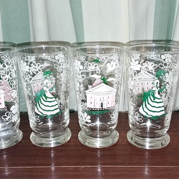 Grams glass set Old Southern charm  - Glassware