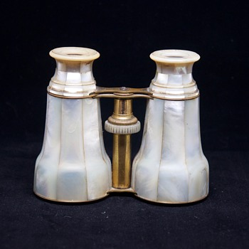 Vintage French Palais Royal Mother of Pearl Gold Binoculars Glasses 43 - Accessories