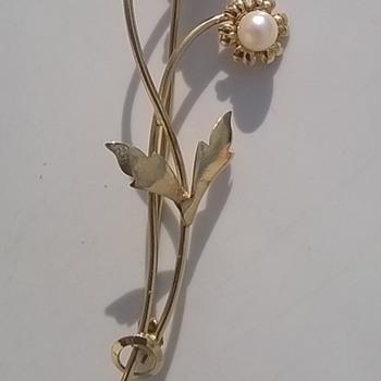 585/14K & Cultured Pearls Brooch Flea Market Find 1 Euro ($1.12) - Fine Jewelry