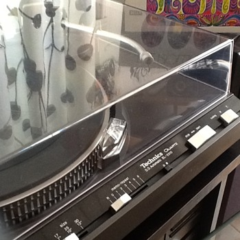 Technics HiFi cheap from flea market?