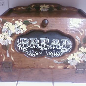 Bread wood box - Kitchen