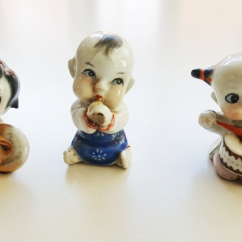 Mum's Oriental baby musicians  - Figurines