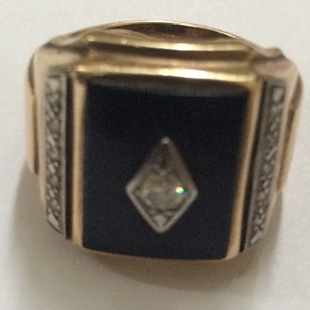 Art Deco Gold Diamond And Onyx Ring - Fine Jewelry