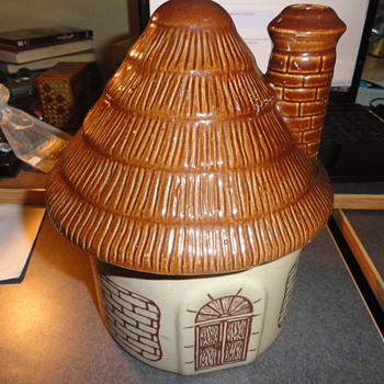 Neat old novelty shaped cooking pot? - Kitchen