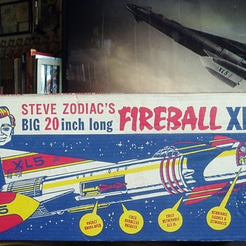 Steve Zodiac's BIG 20 inch long Fireball XL5! - Toys