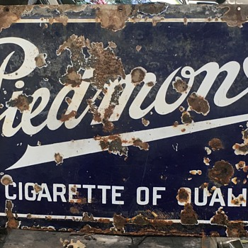 Piedmont cigarette sign - Tobacciana