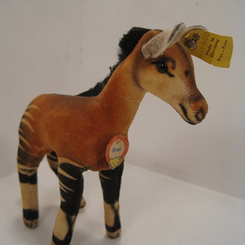 Things are more than OK with this Steiff Okapi  - Dolls