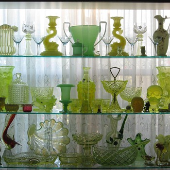 Why I Collect Uranium/Vaseline Glass  - Glassware