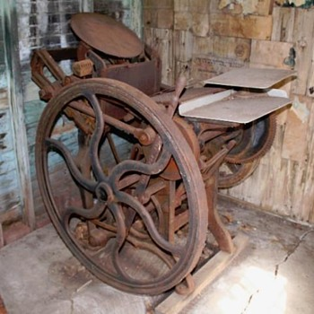 old printing press .. what is it? - Tools and Hardware