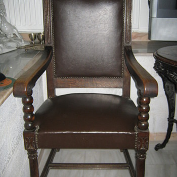 chess table and chairs belonged to the first King of Grece Otto??? - Furniture