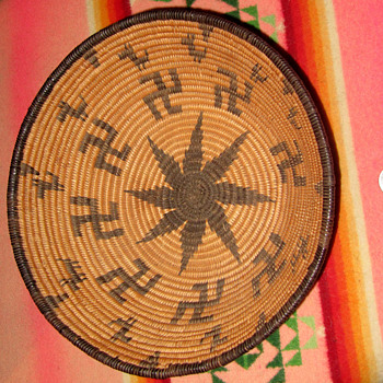 Native American basket - Native American