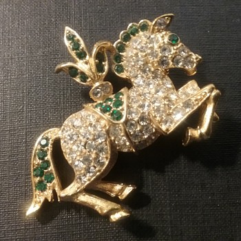 Napier carousel horse brooch  - Costume Jewelry