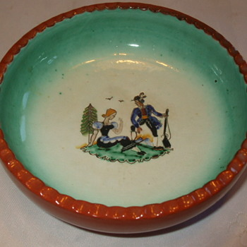 Colourful Couple MADE IN AUSTRIA Pottery Dish- Who Dunnit? - Pottery