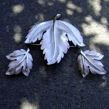 Crown Trifari Brooch and Earrings - Leaf - Costume Jewelry