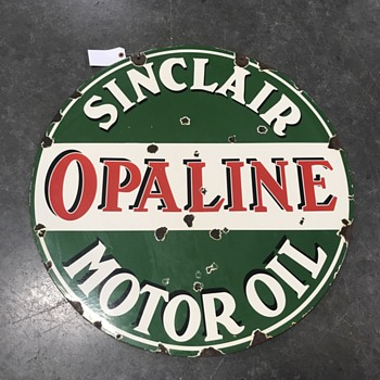 Sinclair Opaline motor oil sign  - Petroliana