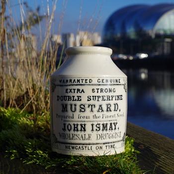 RARE JOHN ISMAY EARLY MUSTARD POT NEWCASTLE  - Bottles