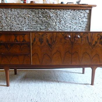 Mid century rosewood sideboard - Mid-Century Modern
