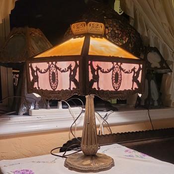 Empire griffin slag glass lamp  - Lamps