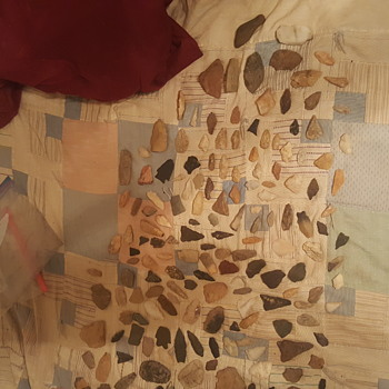 Native amercan artifacts  arrowheads  and more  - Native American