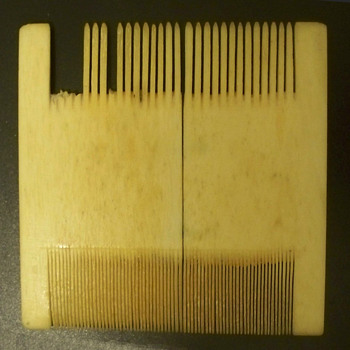 Ivory Comb -  Lice comb?   Very Fine and Old - Accessories
