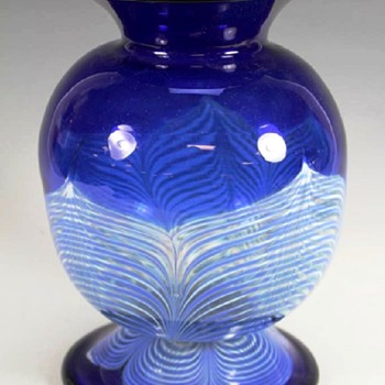 Durand Cobalt Blue Vase with White Pulled Feathers c.1925. - Art Glass