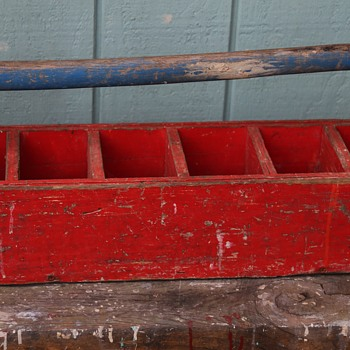 Painted Tote - Tools and Hardware